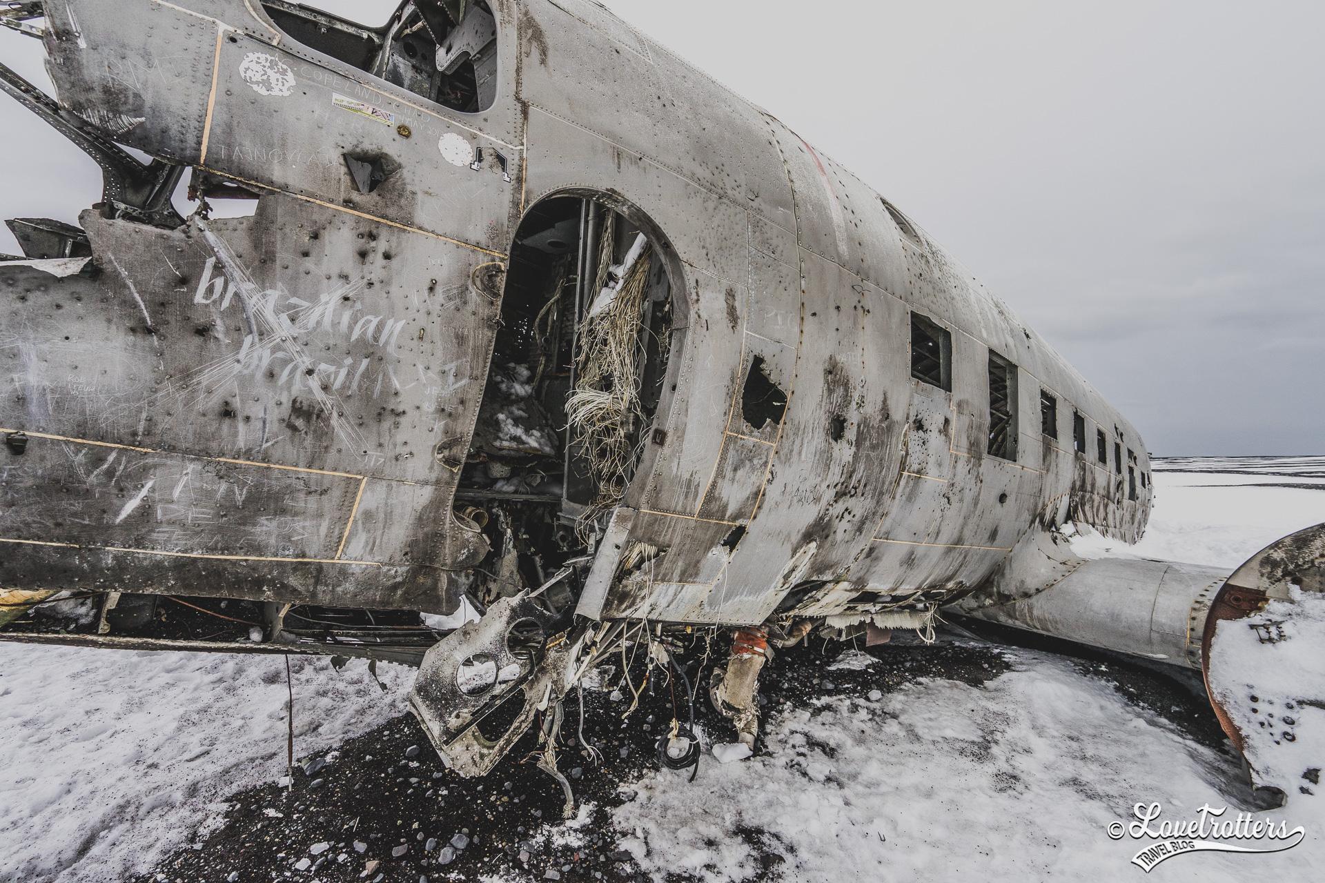 Carcasse d'avion échouée sur la plage Solheimasandur