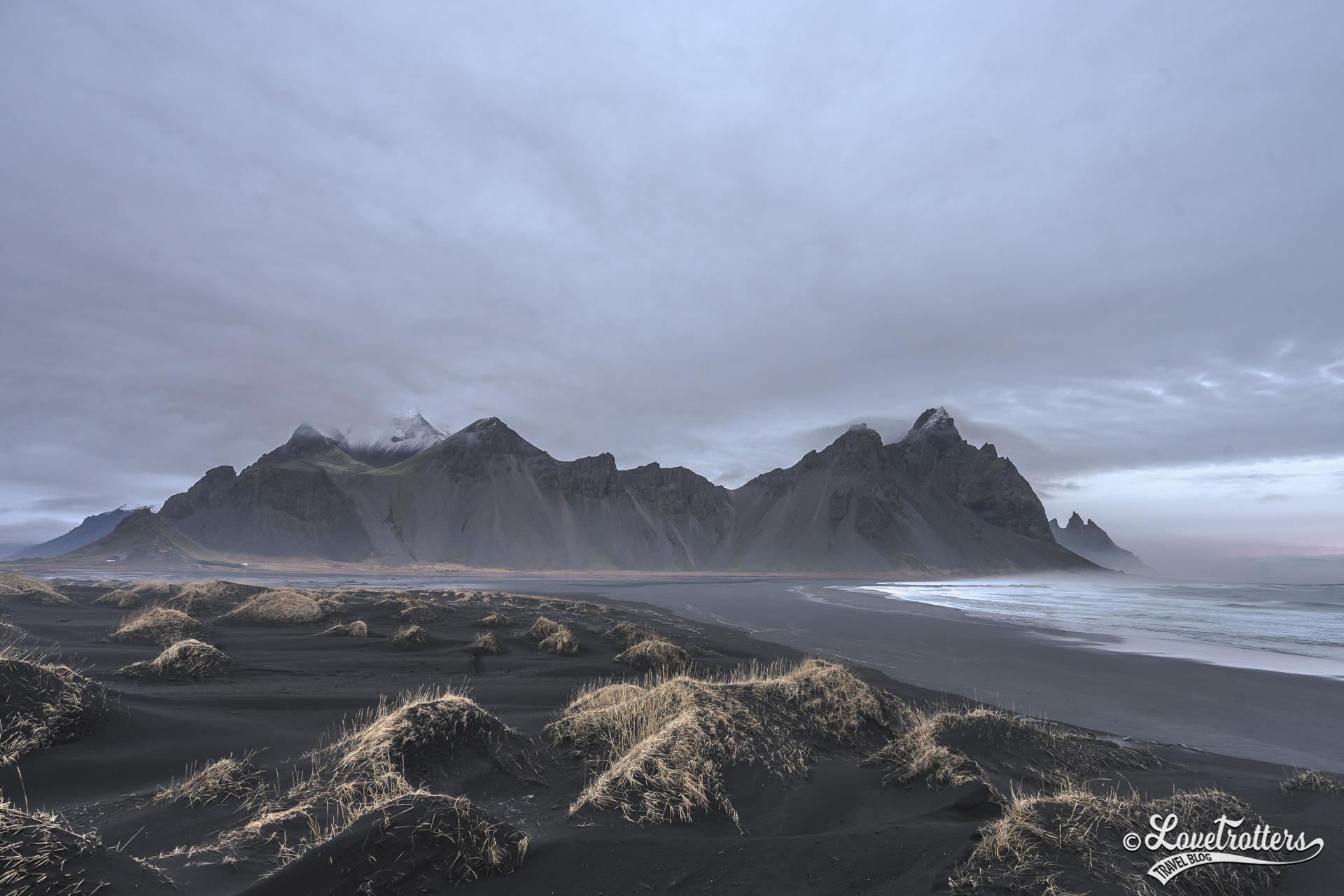 La plage de Stokksnes au sud-est de l'Islande