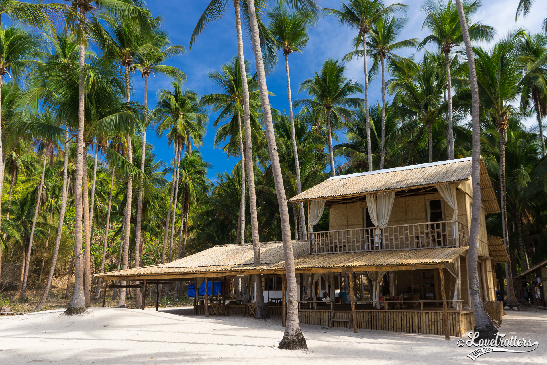 Glamping sur les îles désertes au nord de Palawan aux Philippines
