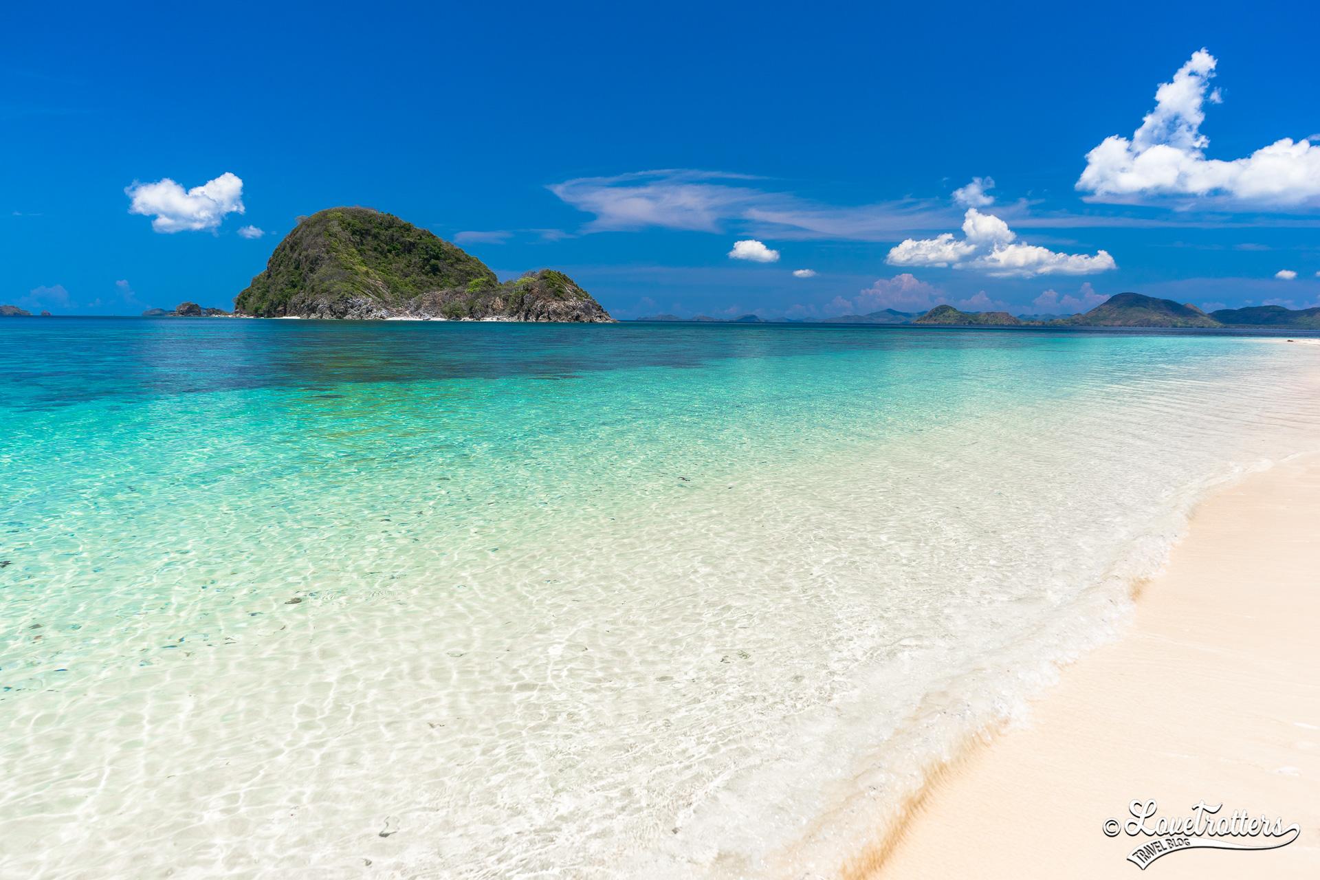 es îles désertes au nord de Palawan aux Philippines