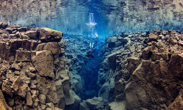 «Cold is a state of mind» Plonger en Islande à Silfra, une fissure volcanique entre deux continents
