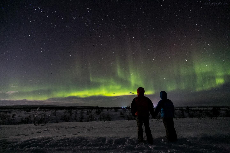 voyage en couple aurores boréales en Laponie